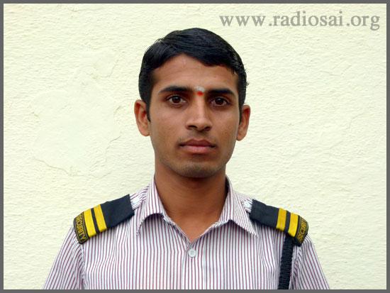 Anand-Bommavagol-trayee-brindavan-sathya-sai-baba-ashram-white-field-bangalore-from-radiosai-archive