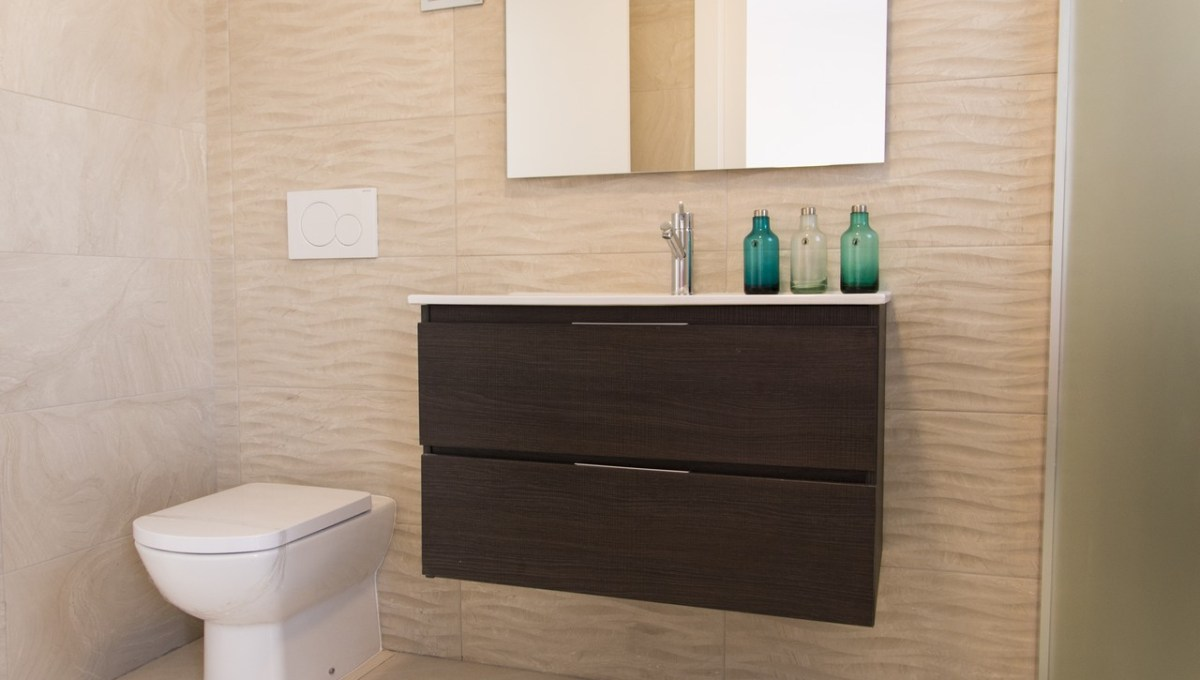 Salado Bathroom Groundfloor (2)