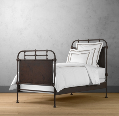 French Acadmie Panel Bed With Footboard