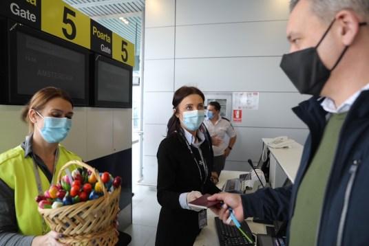 KLM aniversează 25 de ani de operare continuă a rutei București - Amsterdam - Revista Biz