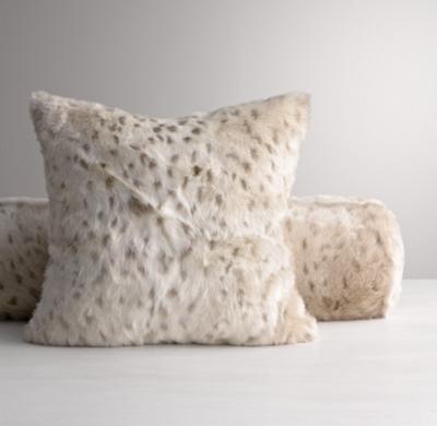 luxe faux fur decorative pillow cover