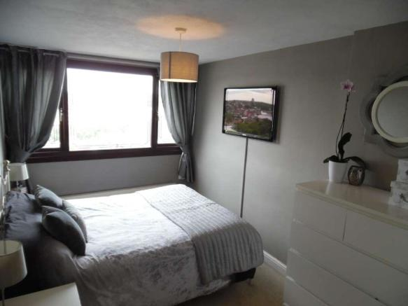 3 Bedroom Semi Detached House For Sale In Dalehead Drive