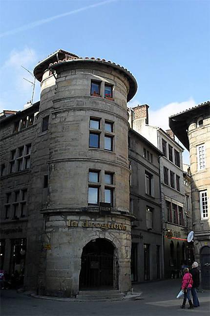 La Tour De La Droguerie Saint Etienne Loire Lyon Et Ses Environs Routard Com