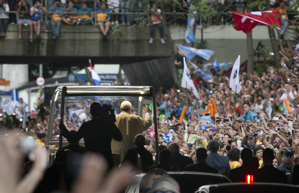 pope_brazil_28.jpg