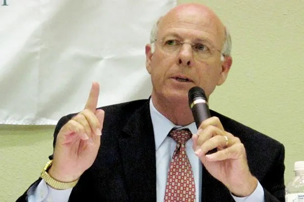GOP congressman: Wives should obey their husbands