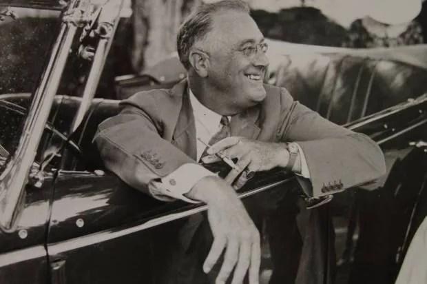 """The Roosevelts"": Ken Burns' economics lesson for America"