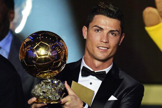 كريستيانو رونالدو ، حياة كرة القدم كريستيانو رونالدو ، الكرة الذهبية