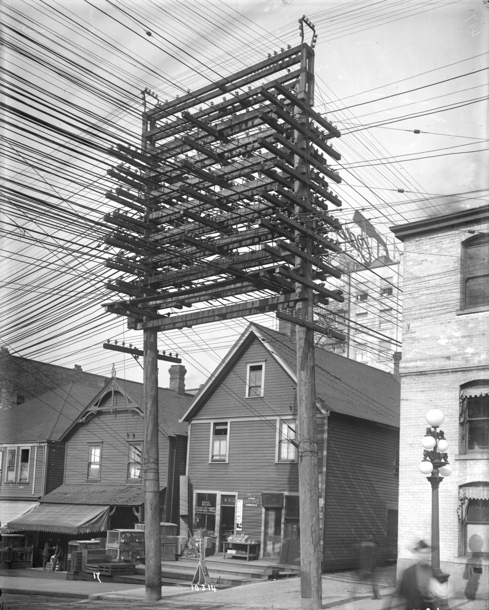 You Should Know About The First Time Vancouver\'s Electric Lights ...