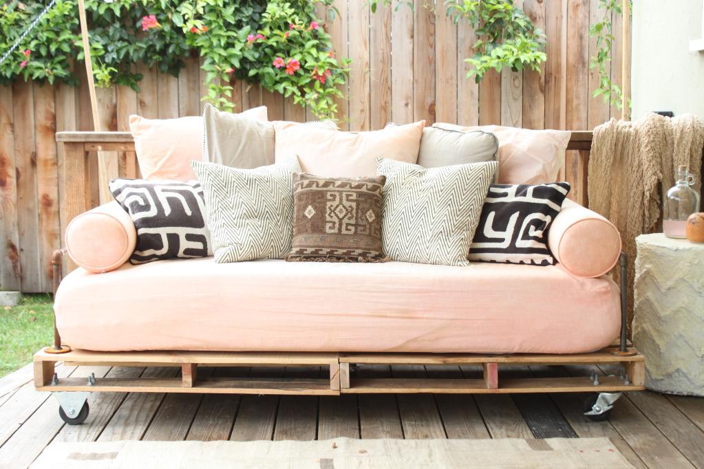Pallet Sofa Idea