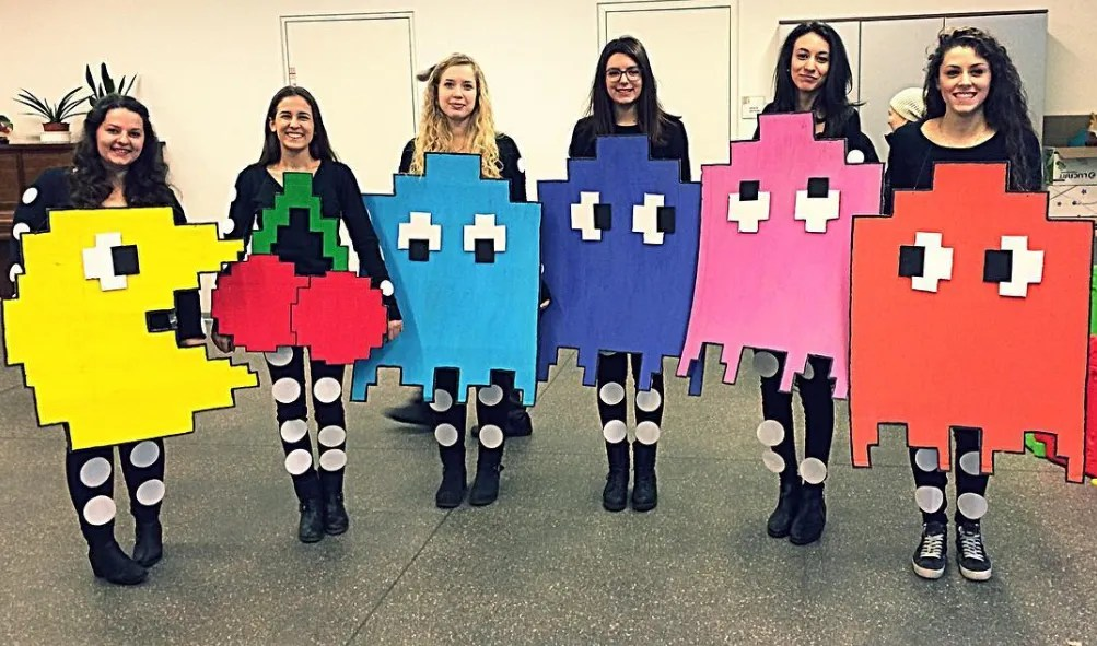 15 Group Halloween Costumes You Can Do With Your Squad