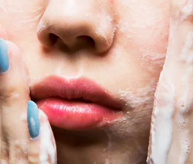 15 Mistakes Youre Making When You Wash Your Face
