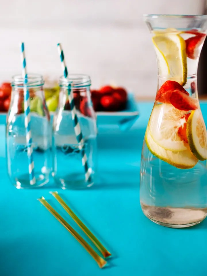 22 easy ways to drink more water every