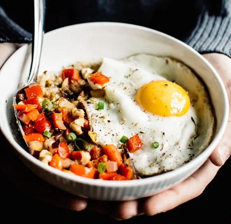 Savory Oatmeal With Cheddar and Fried Egg from Healthy Nibbles and Bits