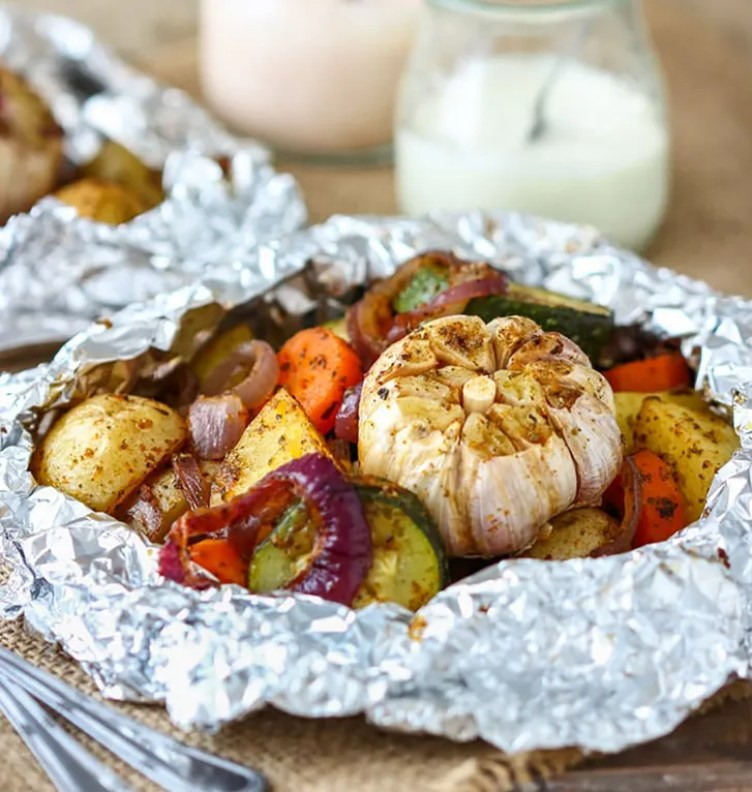 Roasted Garlic Veggie Foil Packets from Happy Foods Tube