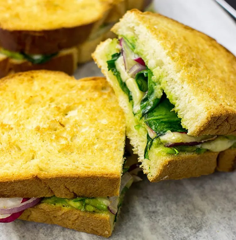 Avocado Cheddar Cheese Sandwich from Hurry the Food Up