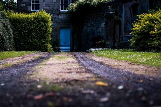 Edinburgh Cemetery Driveway