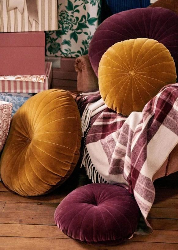 round cushion large model ochre organic cotton sezane