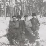 Timmerhuggare, längst t h Enar Hedström 1903-1939 Rödingsträsk och Bodträskfors, son till Anna Hedström och Oskar Mikaelsson, pappa till Gun och Kerstin.