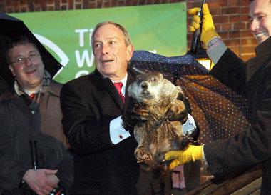 Mayor and groundhog 2011