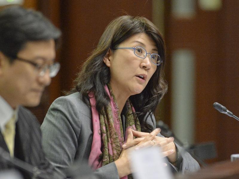 彭韻僖:香港司法機構在政治上是「色盲」 | 多倫多 | 加拿大中文新聞網 - 加拿大星島日報 Canada Chinese News