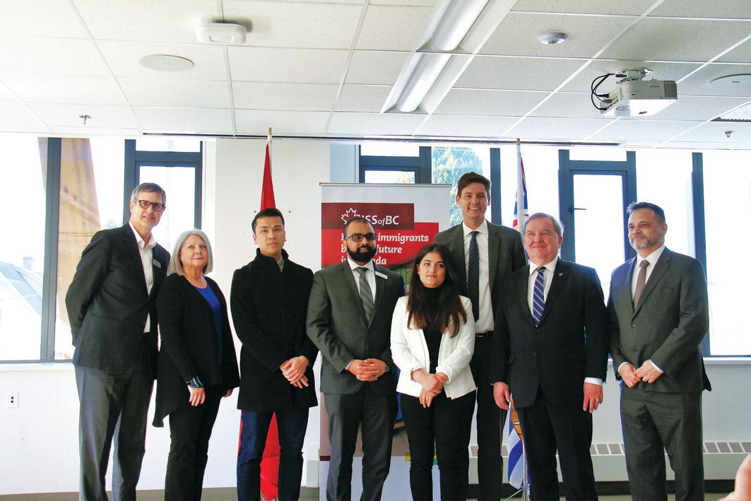 服務機構設法律中心 為新移民提供支援