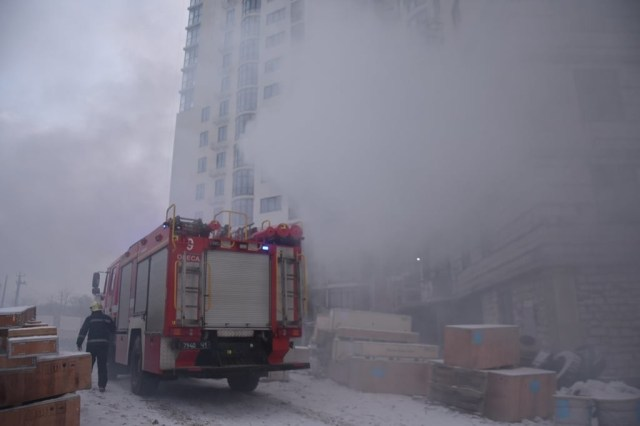 В Одесі у четвер, 18 лютого, виникла пожежа на п'ятому поверсі споруджуваного 20-поверхового житлового комплексу.