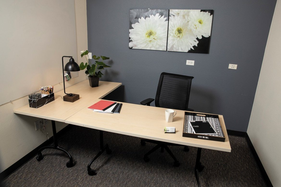 How To Make Your Office Well Equipped