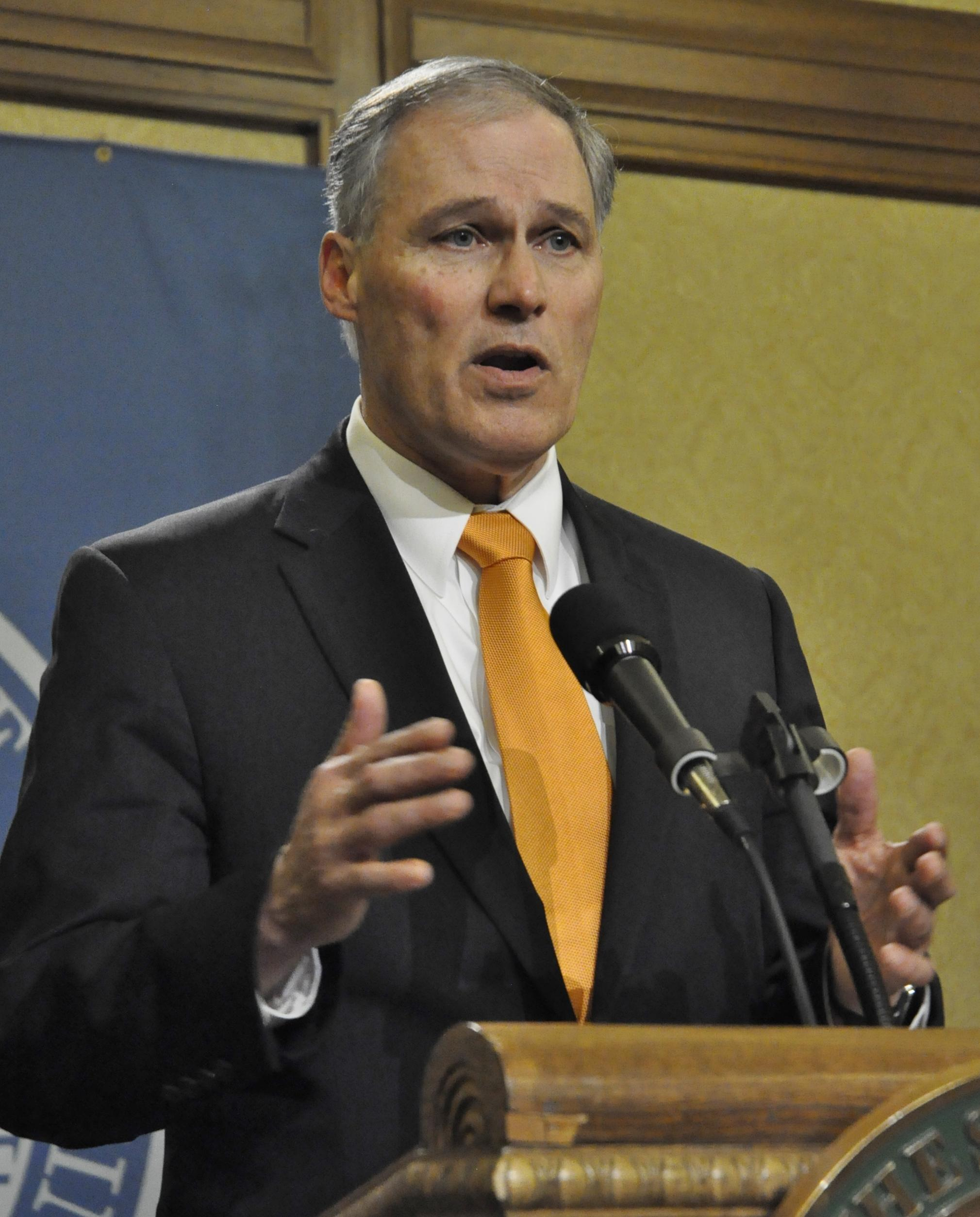 Lacking Budget Deal Inslee Vetoes Bills And Legislature Heads Into Special Session