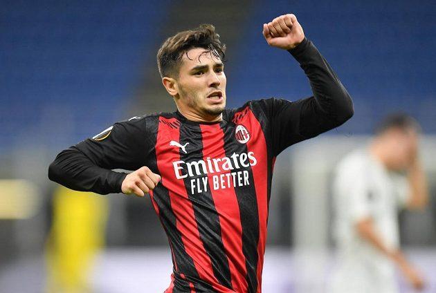 Брахим Диас из «Милана» празднует гол в ворота «Спарты».