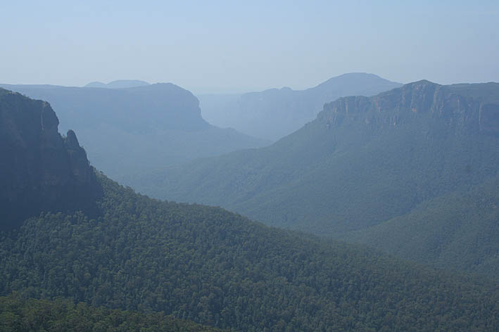 Blue Mountains (U)