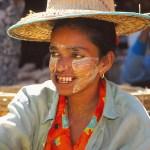 Kvinna med tanakaskydd