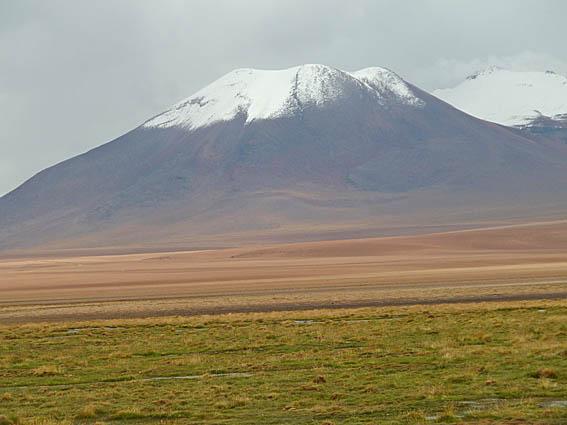 Vulkan i Salar de Atacama