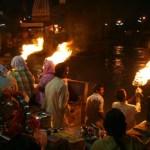 Puja, religiös ceremoni. Haridwar