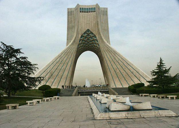 Fredsmonumentet. Teheran