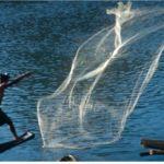 Fiske med kastnät. Vang Vieng