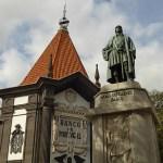 Zarco statyn och bankhuset. Funchal