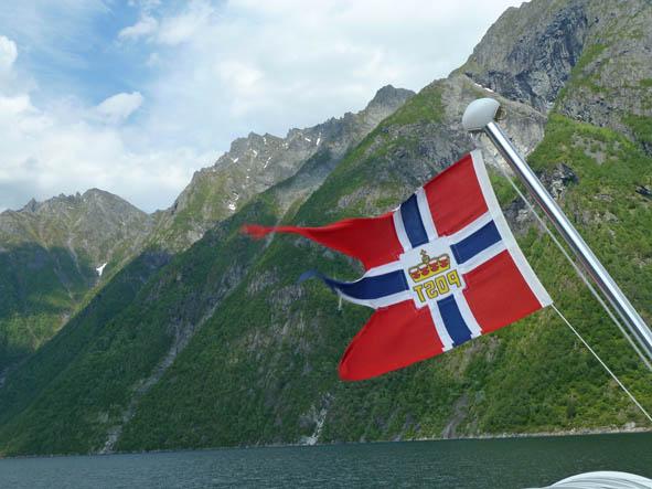 Hjörundfjorden