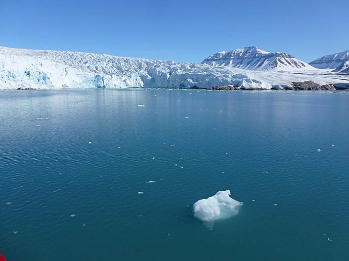 Nordensköld- glaciären. Pyramiden