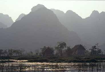 vietnam-my-duc_27
