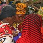 Pengarna delas. Marknaden. Arusha