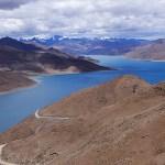 Den heliga sjön Yamdrok