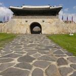 Östra porten. Suwon (U)