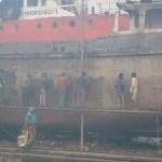 Arbetar knackar rost. Dhaka