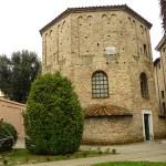 Ravenna. Battist. degli Neoniano (U)