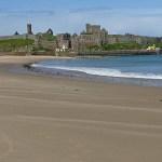 Vy över stranden och Peel Castle