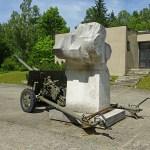 Luftvärnskanon från Andra Världskriget. Duklapasset