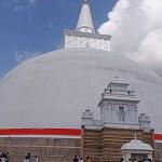 Ruvanvelisay dagoba. Anuradhapura