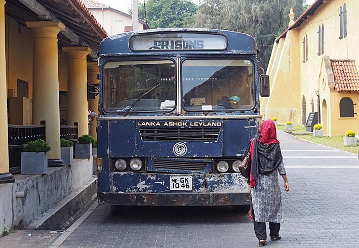 Fångbussen. Galle