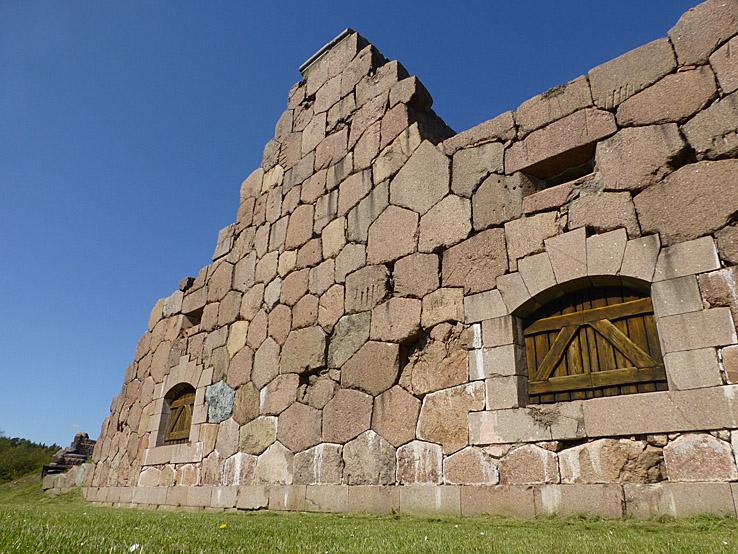 Cykla på Åland. Bomarsunds fästning
