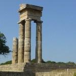 Ruinerna av Zeus- och Athenatemplen. Rhodos stad